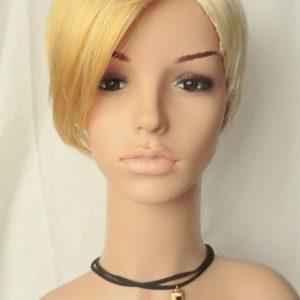 PRUIK kort blond aan één zijde opgeknipt  (302-04)
