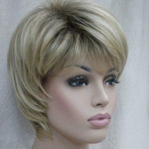 PRUIK Kort  blond met donkere uitgroei E-vega R10:26