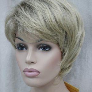 PRUIK Kort naturel blond met donkere uitgroei