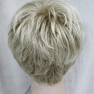 PRUIK Kort  donker blond met mixed zeer licht rood. (4066-15BT613)