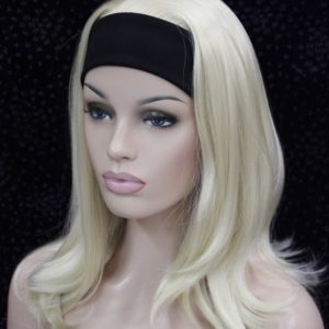 Pruik met hoofdband, blond +-45cm lang, met lichte golfslag