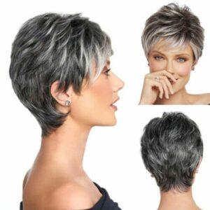 PRUIK Trendy en kort fris, zwart met as grijs. (s12)