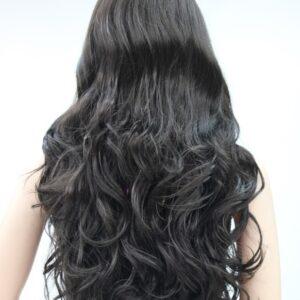 Pruik Lang (65-70cm) Krullend, donker bruin bijna zwart, (E-233-4)